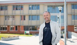 Professor Vácha elected a candidate for the Dean of the Faculty of Science of USB