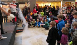Scientists prepared a fun and interactive show