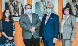 The University of South Bohemia was visited by the representatives of the Czech – Middle Asian Chamber of Commerce (ČSOK)