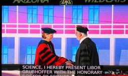 Bývalému rektorovi JU Liboru Grubhofferovi byl udělen čestný titul Doctor of Science