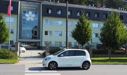 Fakulta rybářství a ochrany vod Jihočeské univerzity pořídila dva elektromobily