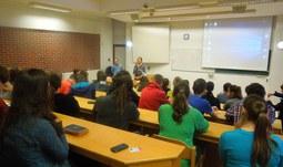 Kurz Přírodovědecké fakulty pro gymnazisty pokořil statistiky
