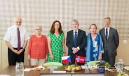 Norský velvyslanec navštívil Jihočeskou univerzitu