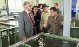 Předseda Senátu navštívil Fakultu rybářství a ochrany vod a Zemědělskou fakultu