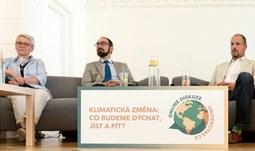 Přírodě prospěšné projekty u nás brzdí byrokracie, zaznělo v diskuzi o klimatu