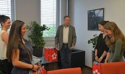 Rektor poděkoval týmu hasiček za skvělou reprezentaci
