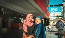 Tanec, malajská kultura a vernisáž fotografií na JU