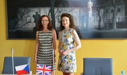 Univerzitu navštívila britská velvyslankyně