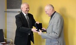 15. 1. 2016/Filozofická fakulta Jihočeské univerzity udělila pamětní medaili prof. Martinu Hilskému